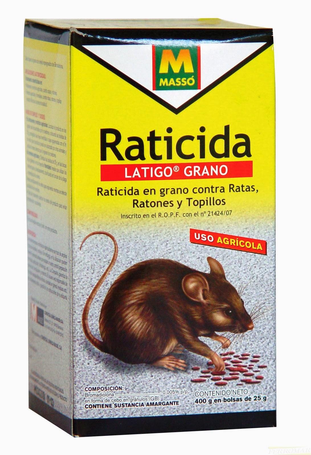 Adulto comiendo veneno para ratas