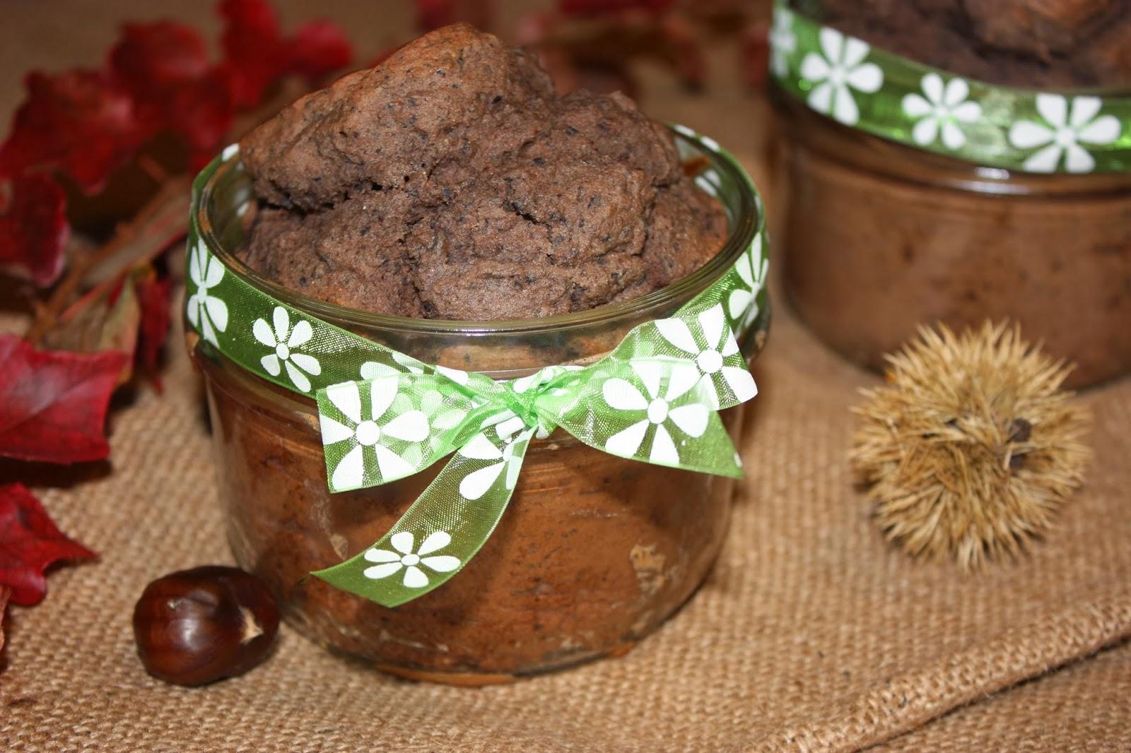 http://cocottechlorophylle.blogspot.fr/2013/12/gateau-de-haricots-noirs-parfume-la.html