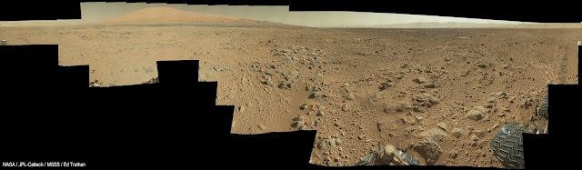 http://planetary.s3.amazonaws.com/assets/images/4-mars/2013/20131219_Sol468-MC34-360-Degree-Panorama-7500x2194px.jpg