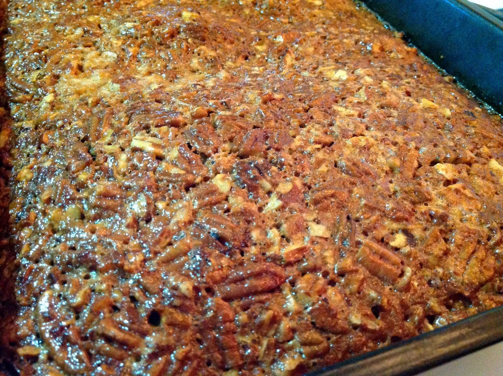 ... : Christmas Countdown: Golden Syrup Pecan Bites and One Baking Fail