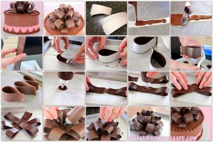 bolo presente, glacê chocolate laço