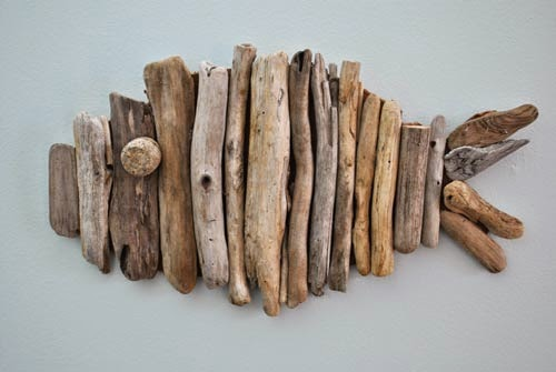 http://www.creativeinchicago.com/2014/11/driftwood-fish-tutorial.html