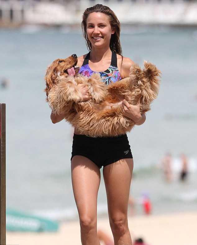 Rachel Finch in Bikini Top at Bondi Beach Pic 14 of 35