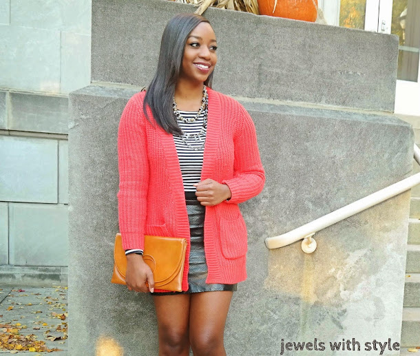 how to style a sweater, how to style a long cardigan, black leather skirt, sweater weather, how to wear a sweater, how to wear a cardigan, sweater with a skirt, chunky sweater, long sweater, jewels with style, fall style tips, black fashion blogger, columbus ohio blogger