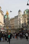 Es war kurz nach 8.00 und wir fingen die Reise nach Wien an. wien