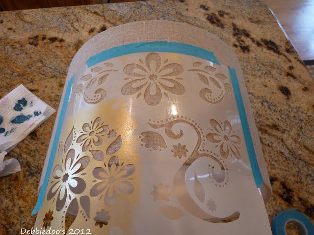 crafts+001 Stenciled lampshade {DIY}
