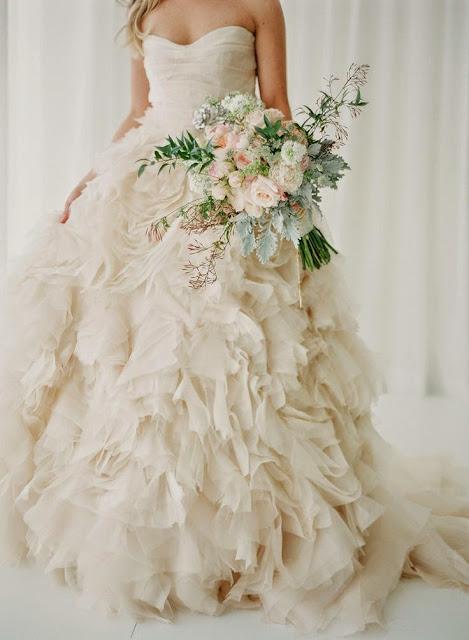 wedding style, wedding season, dusty blue, wedding chic, my big day, city hall wedding