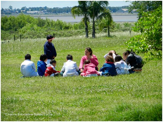 La clase al sol - Chacra Educativa Santa Lucía
