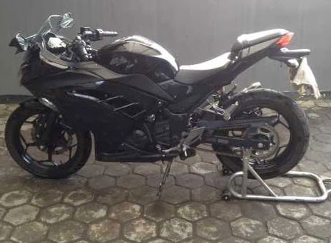 Over Kredit Kawasaki Ninja 250 Fi 2013