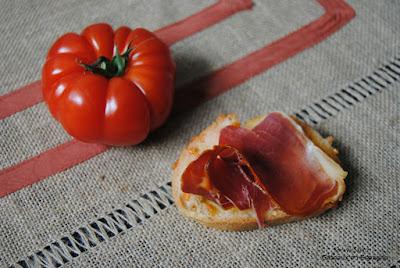 pain a la tomate