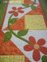 Table runner quilt with flowers