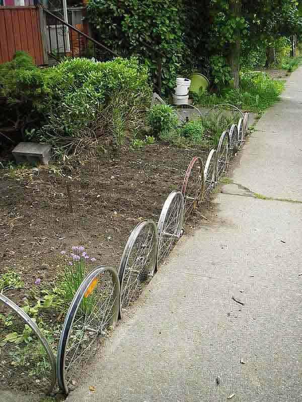 Conseils d co et relooking id es cr atives pour faire une for Bordure de jardin en palette