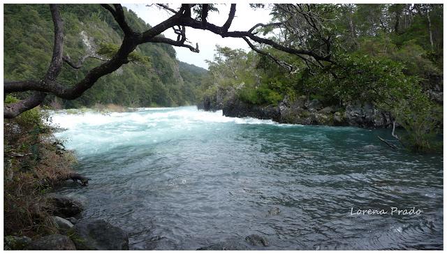 Saltos del Rio Petrohué, Chile