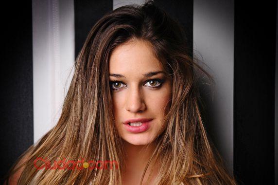 Produccion De Fotos Hot De Victoria Irouleguy De Gran Hermano 2012
