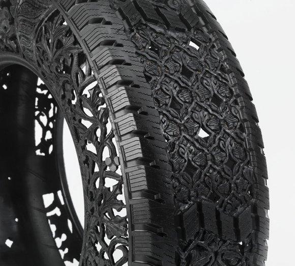 http://3.bp.blogspot.com/-XRS-a5KKLrA/TmjjohgQ8OI/AAAAAAAAG1A/S6DvOWWcSmk/s1600/Wim-Delvoye_untitled-car-tyre-No2-detail_2_2009_63f551c55e.jpg
