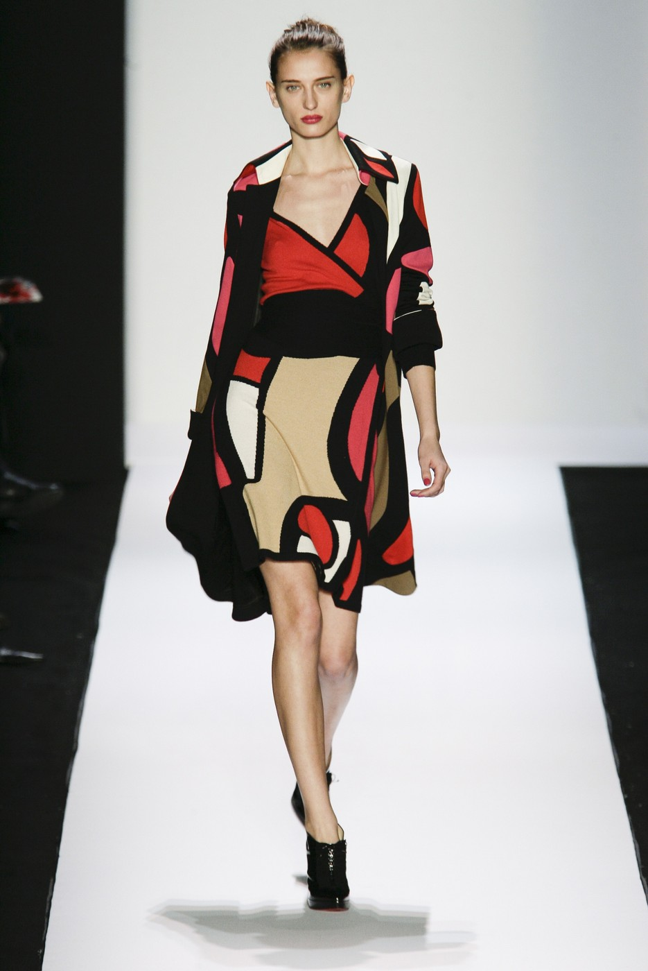 via fashioned by love | Diane von Furstenberg wrap-dress Fall/Winter 2007