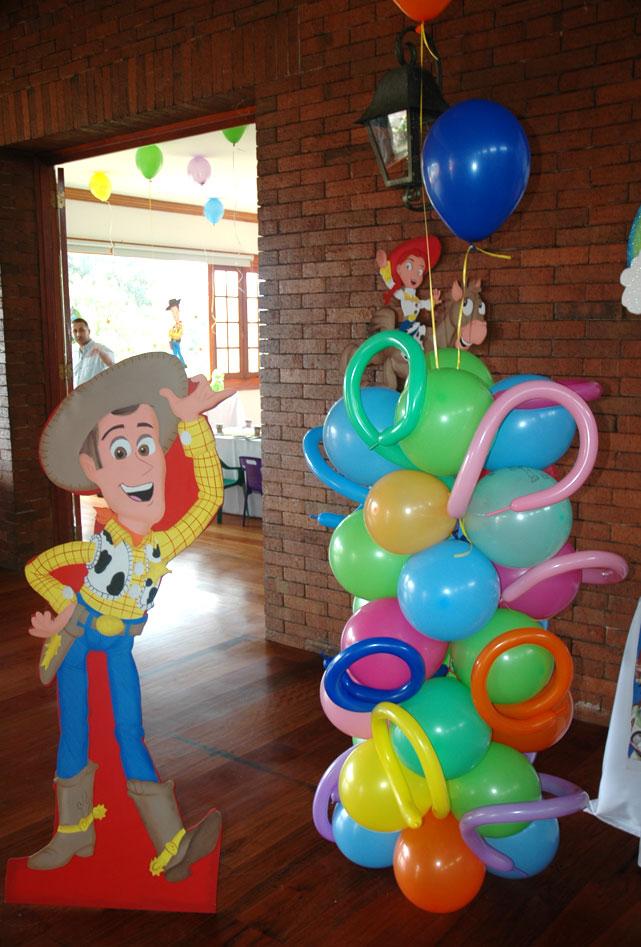 Decoracion vaquera globos - Decora con globos ...