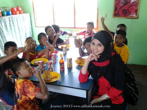 CDM Adibah Karimah makan bersama anak-anak yatim