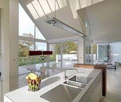 Kính tạo không gian sáng đẹp cho ngôi nhà bạn