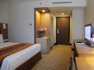 harga Cavinton Hotel Yogyakarta - Kamar Deluxe  domestik
