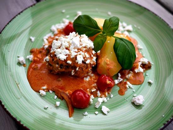 Biffar med tomatsås