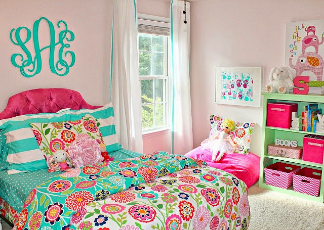 Hot Pink And Turquoise Bedroom