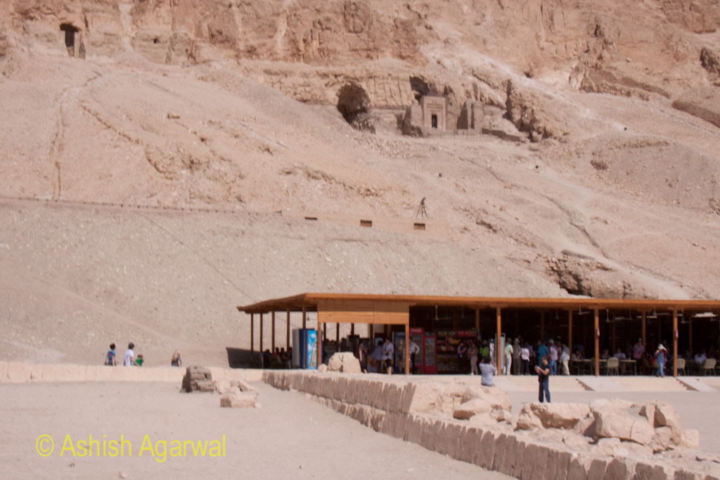 Sheds at the edge of the Queen Hatshepsut temple in Deir El Bahri selling stuff to tourists