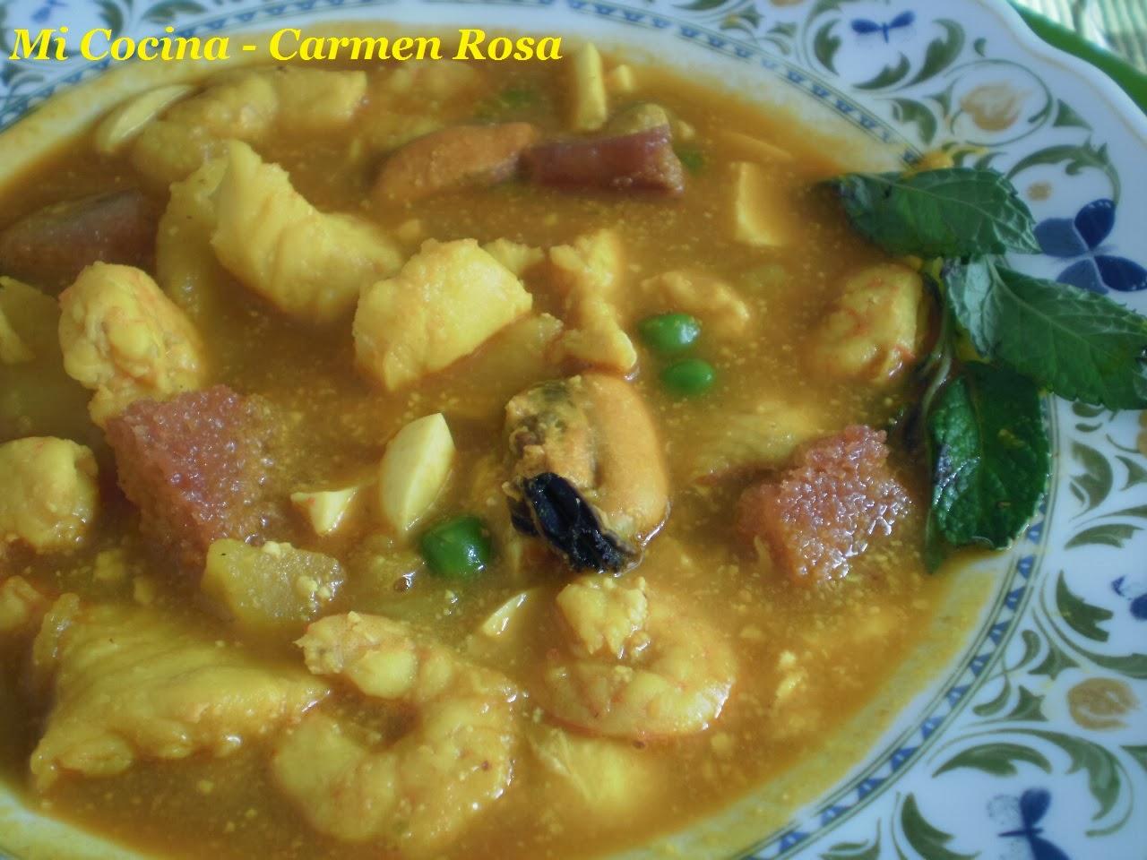 Mi cocina sopa malague a de almendras con pescado y marisco for Mi cocina malaga