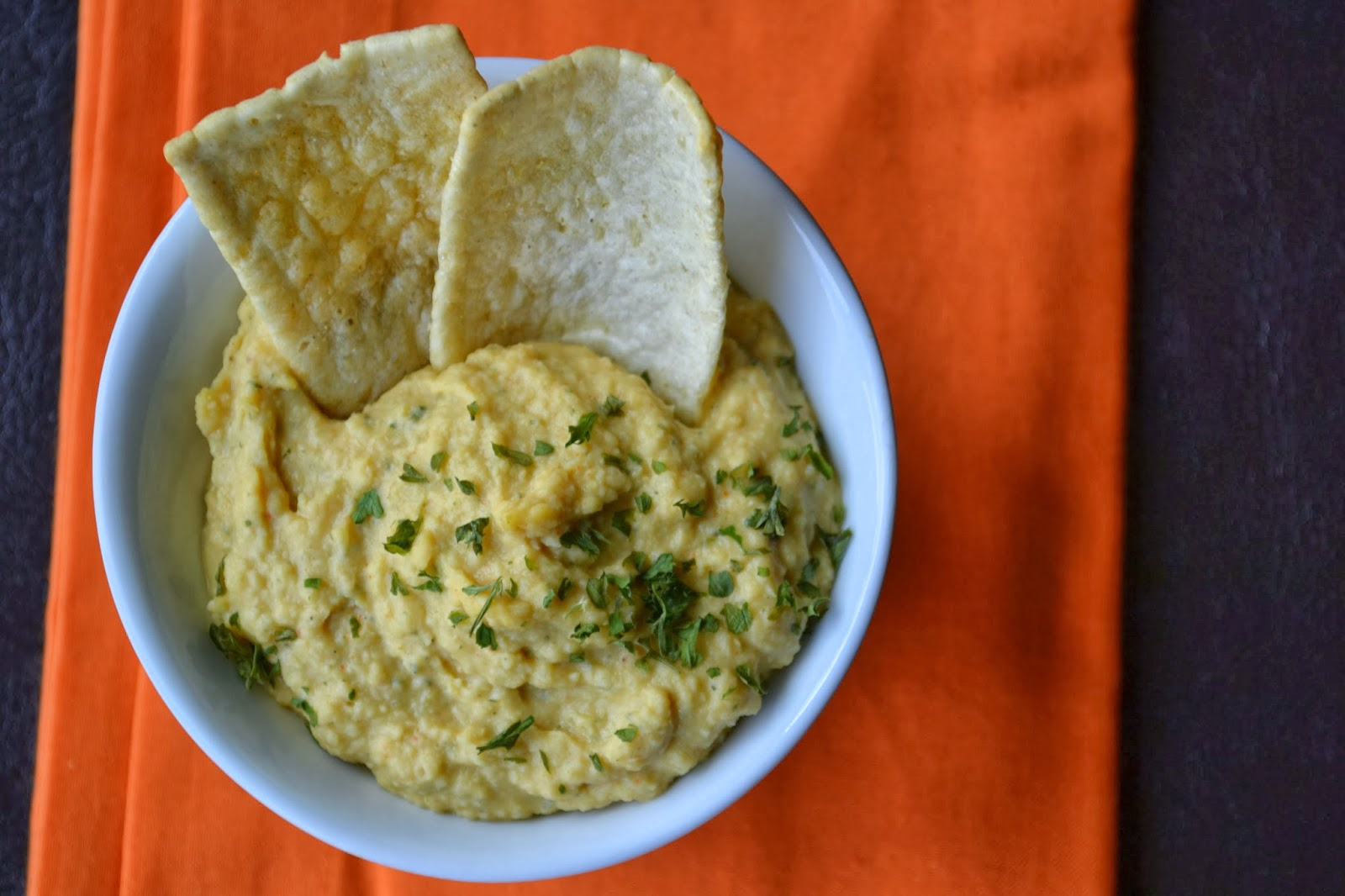 how to make garlic hummus without tahini