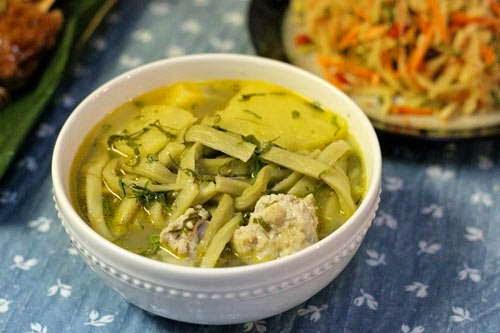 Vietnamese Soup Recipes - Canh Thịt Viên với Rau Tiến Vua
