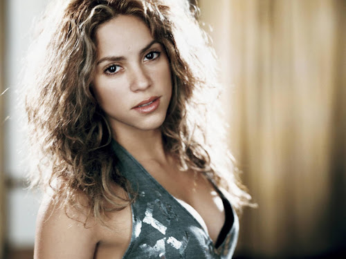 Pop Star Shakira Wallpapers
