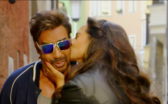 21 **SHOCKING** Sonakshi Sinha KISS Photos From Action Jackson Movie