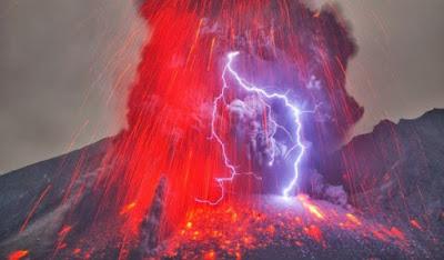 سبب حدوث ظاهرة الرعد البركاني