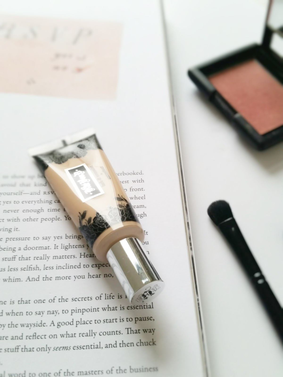 The Concealer Search Continues - Kat Von D Lock-It Concealer review