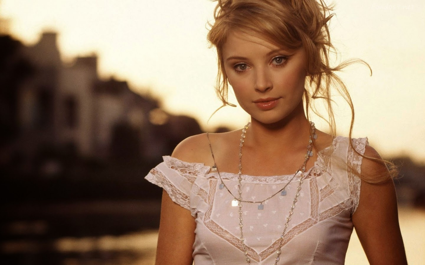 ELISABETH HARNOIS_WALLSTOWN_IN_HOLLYWOOD ACTRESS_HOLLYWOOD CELEBRITIES