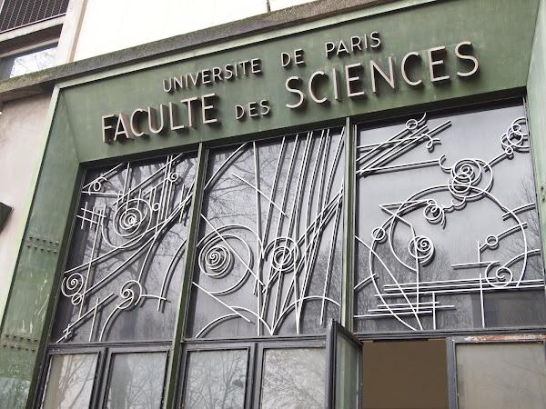 Paris 5ème - Faculté des Sciences  Les barres de Cassan - 1955/1962  Architectes: Urbain Cassan, Louis Madeline, René Coulon, Édouard Albert (avec l'architecte officiel de la faculté Roger Séassal)