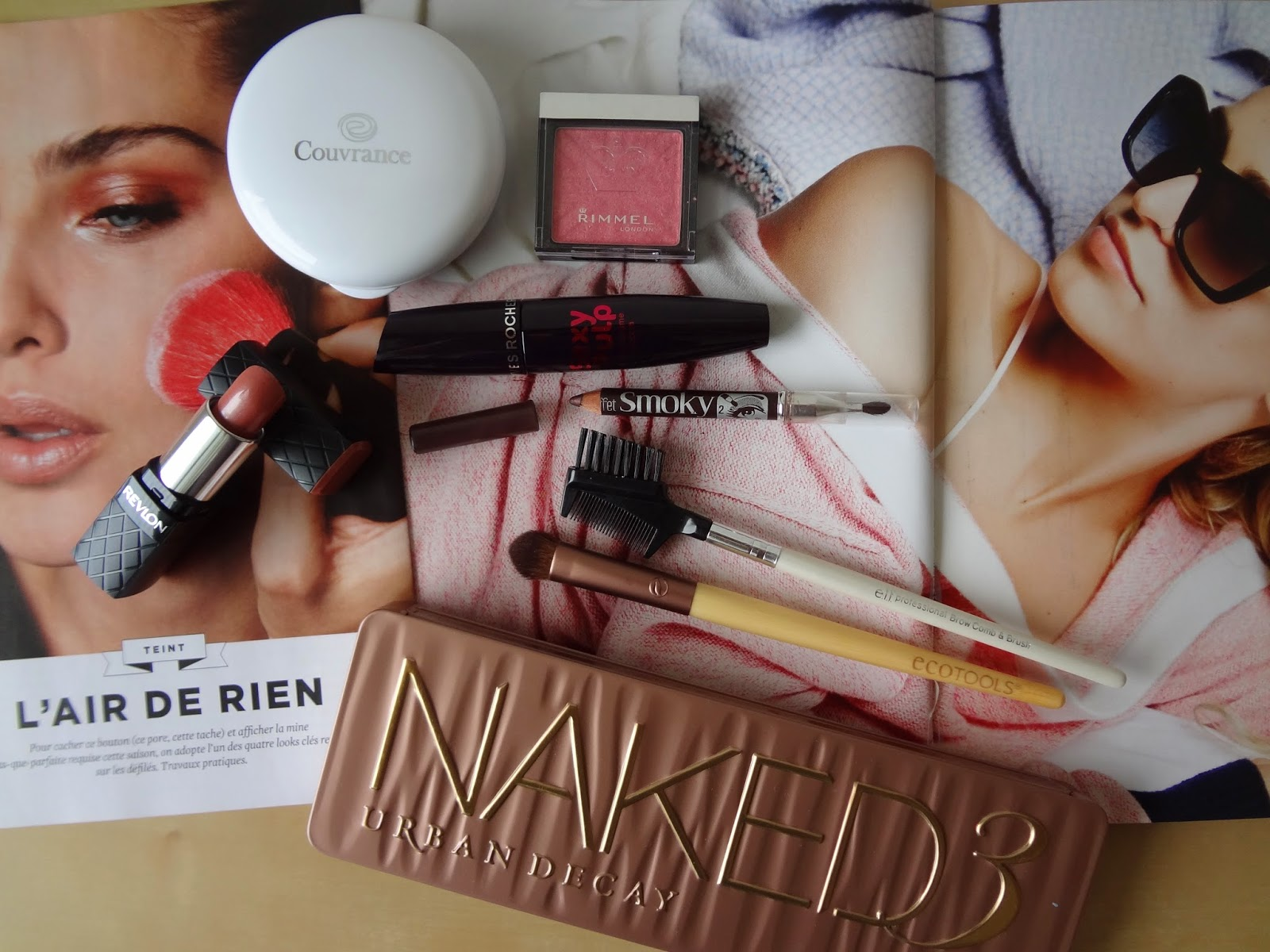 make-up-facile-simple-easy-pink-nude-maquillage-urban-decay-naked-3-pinceau-eco-tools-brush-eyeshadow-bourjois-smoky-brown-revlon-colorburst-lipstick-blush-rouge-levres-couvrance-avene-compact-oil-free-mascare-sexy-pulp-rimmel-live-pink