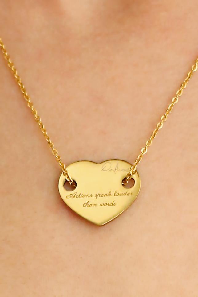 złoty naszyjnik serce z napisem