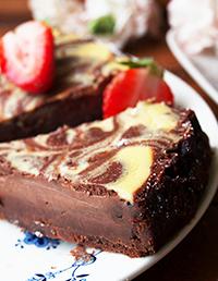 Suklaa-  juustokakku