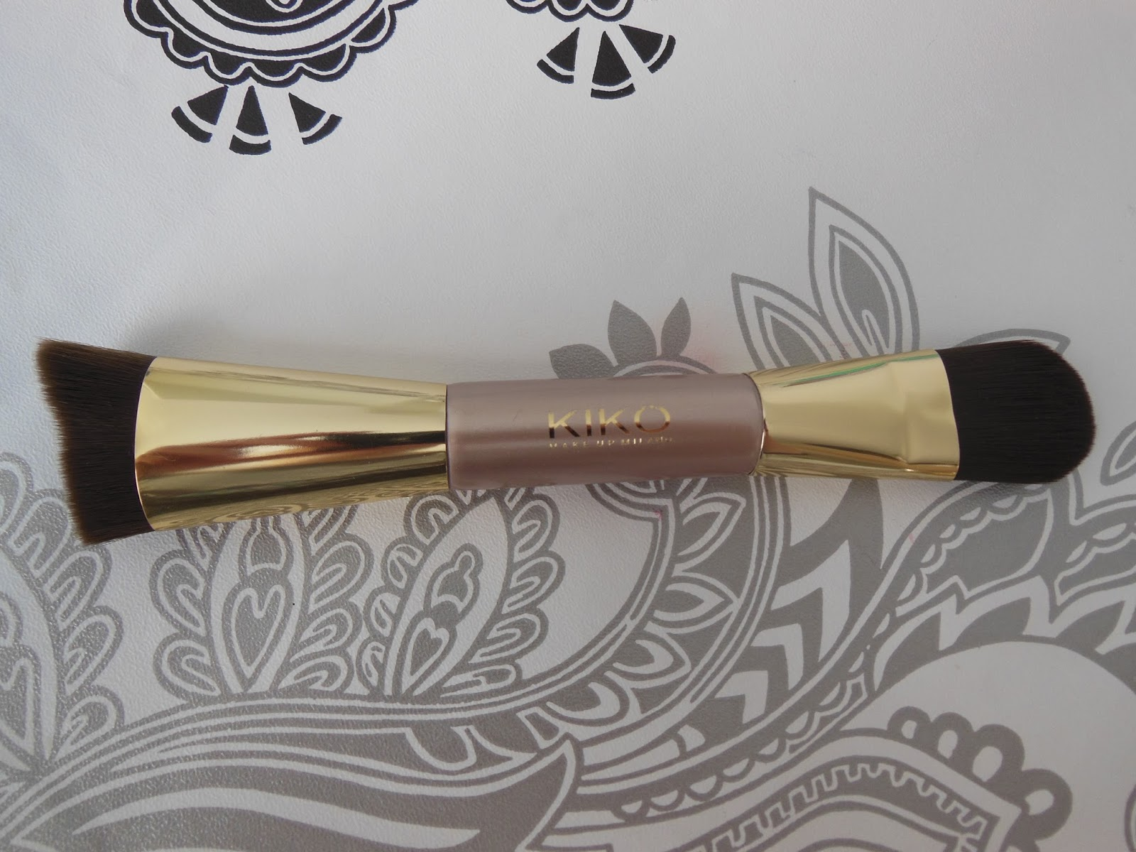 kiko life in rio dual ended face brush