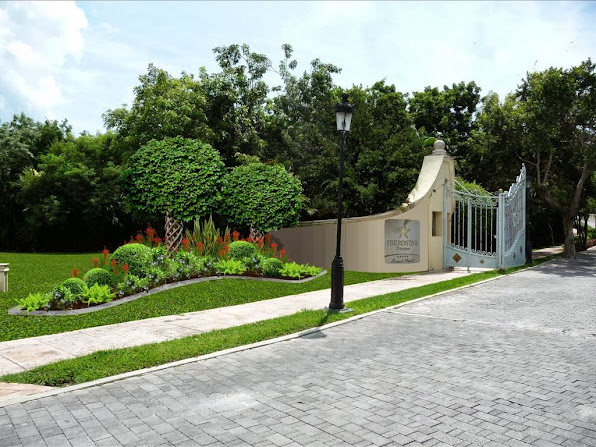 diseño jardín puerta principal