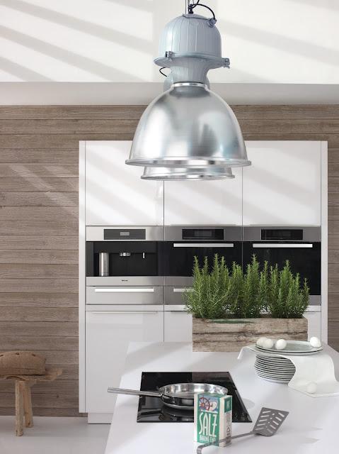 Cuisine design blanche et bois for Eco cuisine design avis