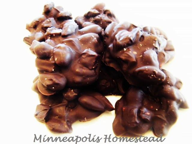 Mango Dark Chocolate Almond Clusters