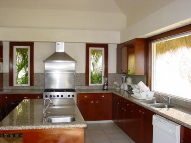 Marmoles para cocina imagui for Granitos y marmoles cocinas