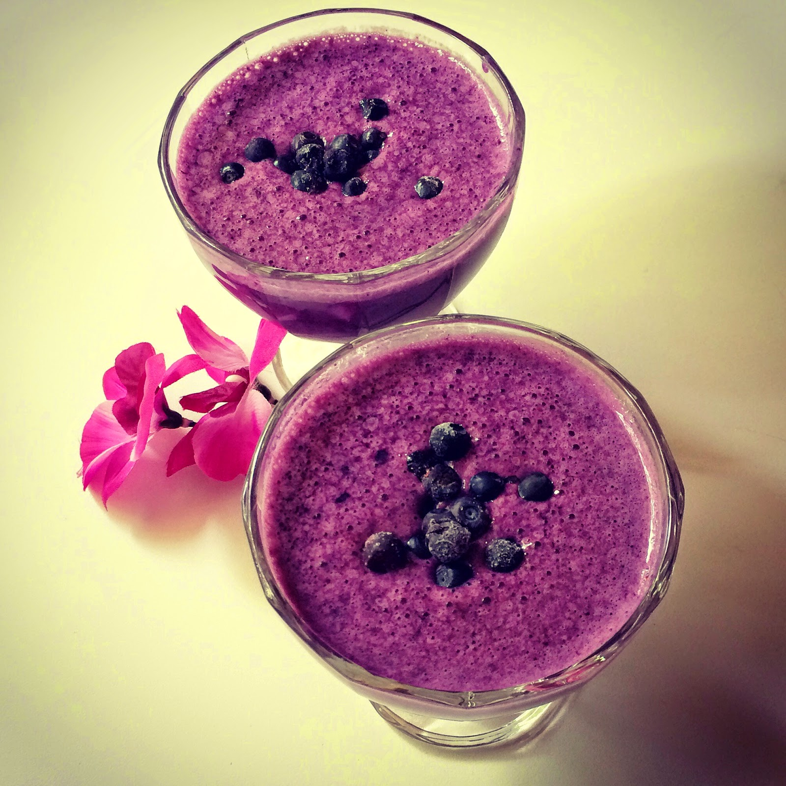 Acai-bluberry smoothie dairy free, vegan raw vegetarian