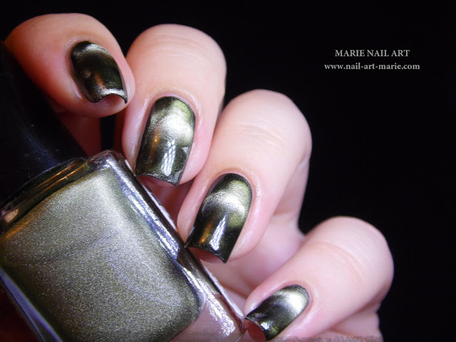 Nail Art Into The Woods1