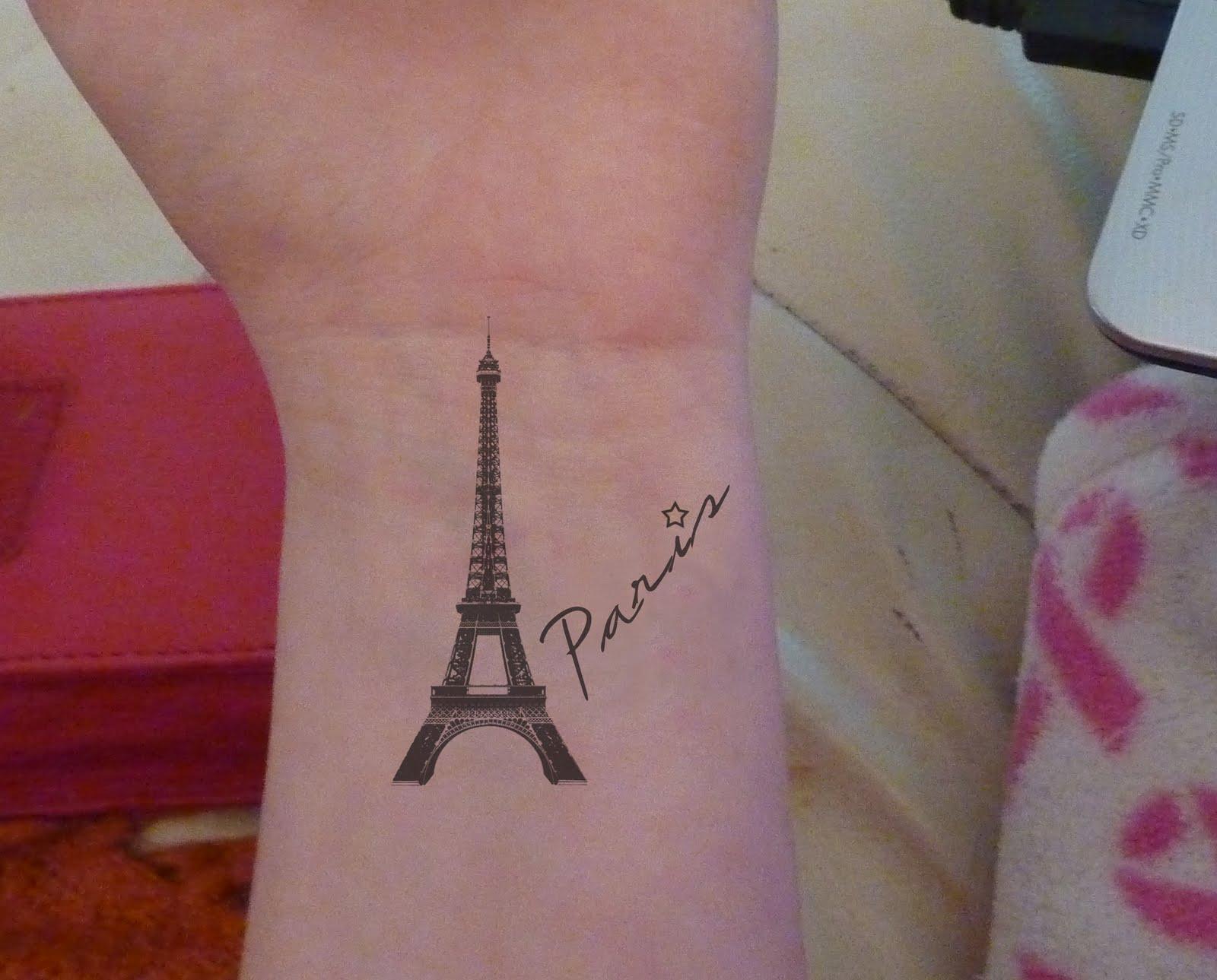 Ph n vinh eiffel tower tattoos for women for Salon tattoo paris
