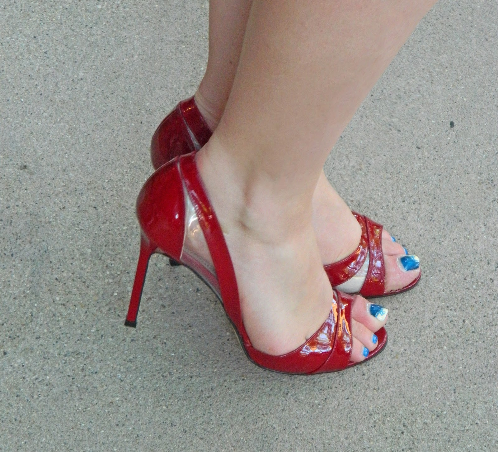 red manolo blahnik pumps