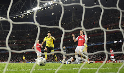 Arsenal 2 - 1 Borussia Dortmund (3)