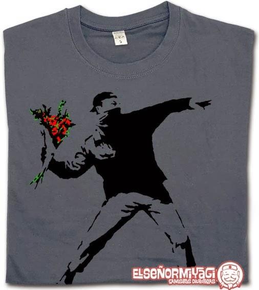 http://www.miyagi.es/camisetas-de-chico/camisetas-de-banksy/camiseta-banksy-rioter